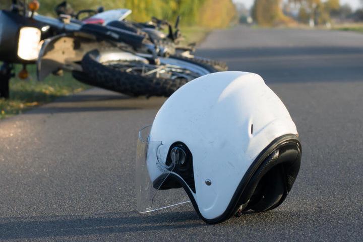 Für den Biker kam jede Hilfe zu spät. (Symbolbild)