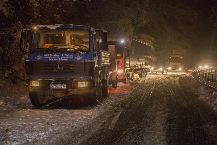 Der Winterdienst soll seit 14 Uhr nicht mehr geräumt haben.