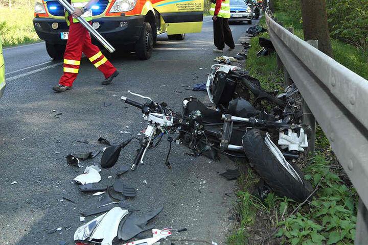 Die Polizei hat die Ermittlungen zur Unfallursache aufgenommen.