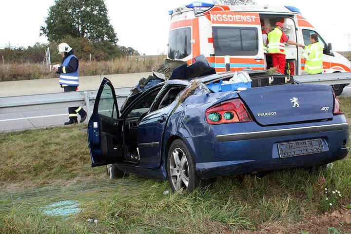 Sanitäter versorgten die Schwerverletzten.