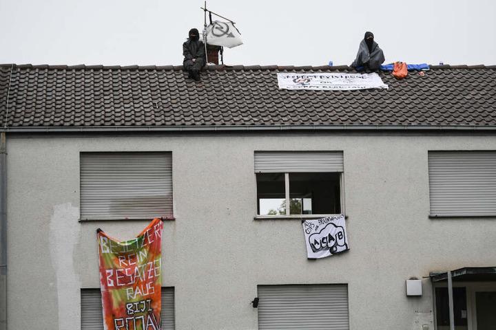 Die Aktivisten wollen ein Signal gegen Leerstand von Gebäuden setzen.