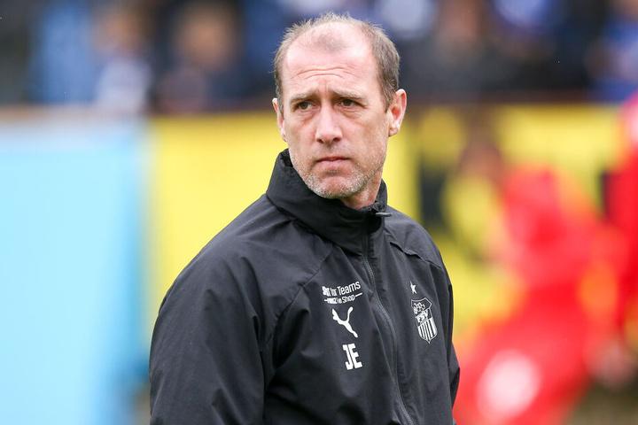 FSV-Coach Joe Enochs bedauert den geplatzten Deal.
