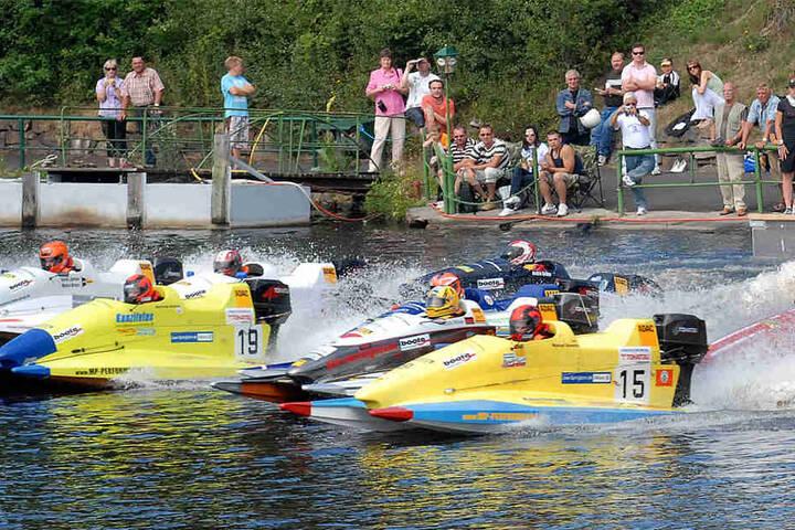 Bei dem Internationalen Motorbootrennen werden WM- und EM-Läufe gefahren.