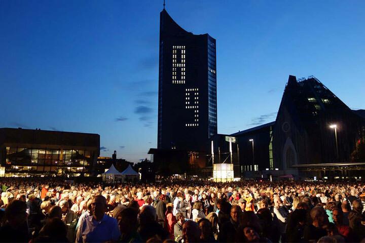 Das Leipziger Lichtfest erinnert an die Ereignisse der Friedlichen Revolution 1989.