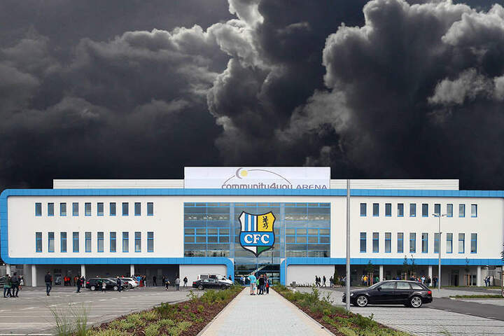 Nicht nur die Wolken türmen sich dunkel über dem CFC-Stadion, auch die Stimmung dürfte im Verein getrübt sein.