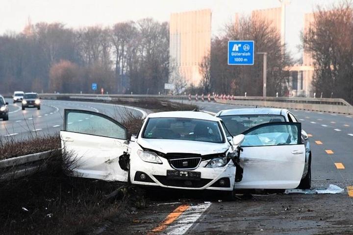 Der Beifahrer des Seat überlebte den Unfall letzten Endes nicht.