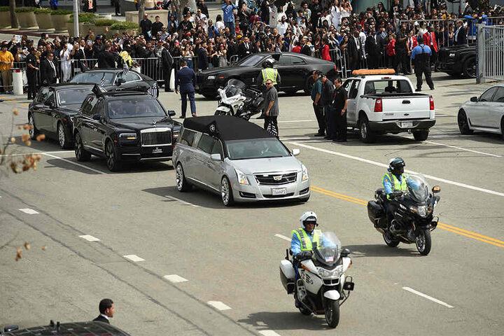 Tausende Trauernde erwiesen ihm die letzte Ehre.