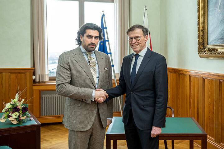Matthias Rößler mit Prinz Saman Al Saud (Mitglied der saudischen Königsfamilie) anlässlich des SemperOpernballs in Dresden.