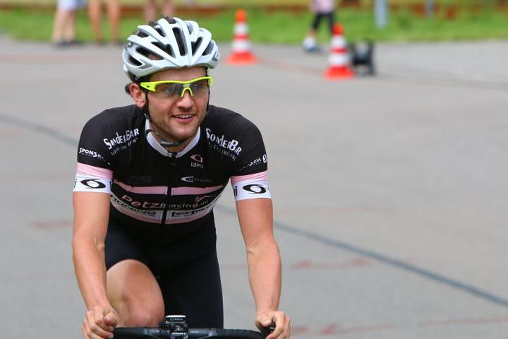 Robert Petzold (28) hat nach dem Start im österreichischen Nauders gut  lachen. Er hat den Höllenritt durch die Alpen schon zweimal gewinnen  können.