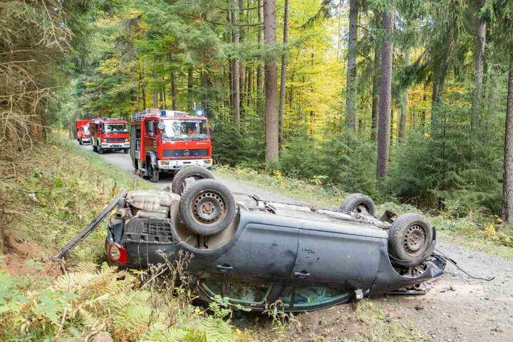 Der Fahrer war nicht mehr an der Unfallstelle anzutreffen.