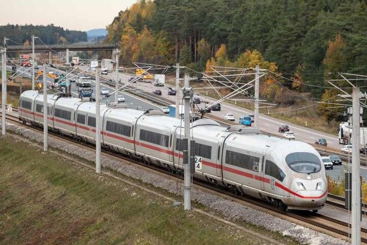 Der ICE befand sich auf dem Weg von München nach Erfurt. (Symbolbild)