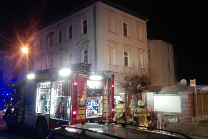 An Heiligabend musste ein Einfamilienhaus in Wurzen von der Feuerwehr evakuiert werden.
