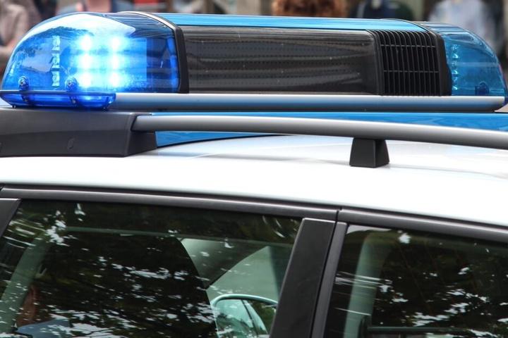 Die Polizei verteilte an diesem Abend Anzeigen an beide Streithähne.