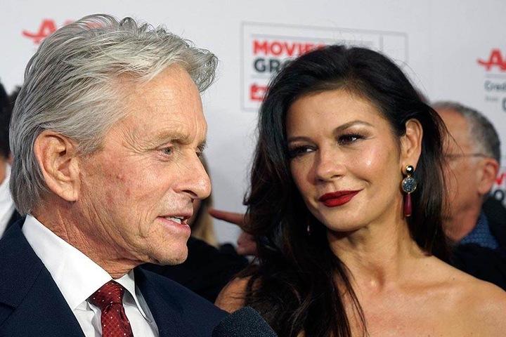 US-Schauspieler Michael Douglas und seine zweite Ehefrau, Frau Catherine Zeta-Jones.