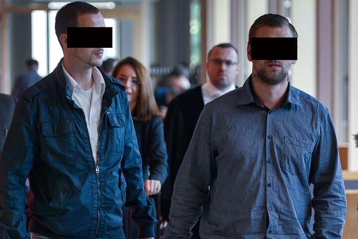 Ronny P. (36, l.) und Ronny F. (29) stehen wegen gefährlicher Körperverletzung vor Gericht.