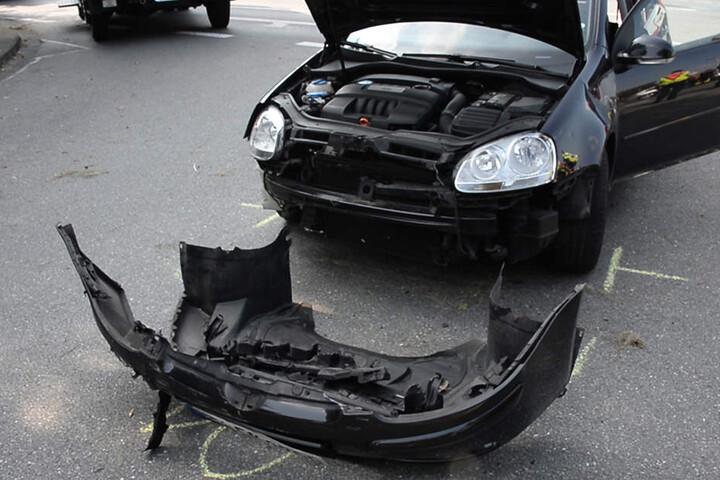 Der VW war nach dem Unfall nur noch Schrott.
