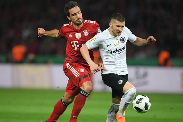 Der FC Bayern München musste sich im Endspiel des DFB-Pokals überraschend geschlagen geben.