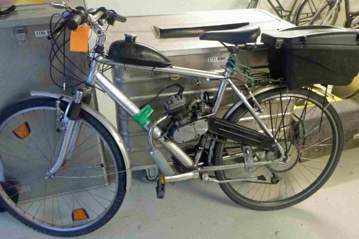 Das Fahrrad hatte der Mann umgebaut.