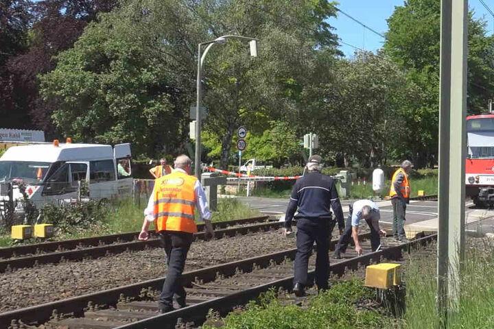 Die Polizei hat gemeinsam mit einem Sachverständigen die Ermittlungen zum genauen Unfall-Hergang aufgenommen.