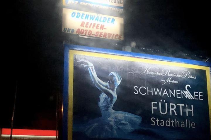 Das aufgestellte Plakat sorgt für ziemlich viel Verwirrung im Odenwald.