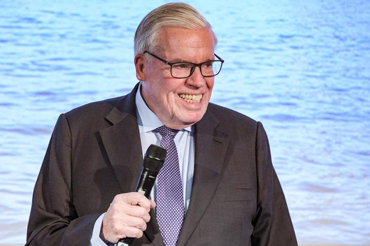 Klaus Michael Kühne will seine Anteile beim HSV weiter aufstocken.