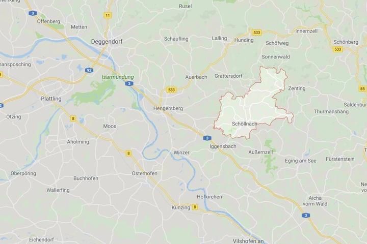 Bei Schöllnach in Bayern ist es zu einem tödlichen Unfall mit einem Radlader gekommen.