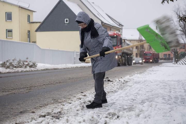 In Oberhof mussten die Anwohner schon ordentlich Schnee schippen.