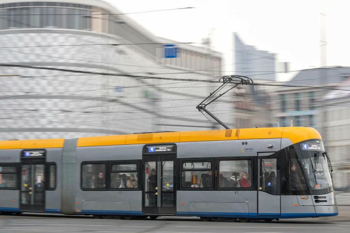 Die neuen Wartehäuschen sollen dazu beitragen, den öffentlichen Nahverkehr in der Stadt attraktiver zu gestalten.