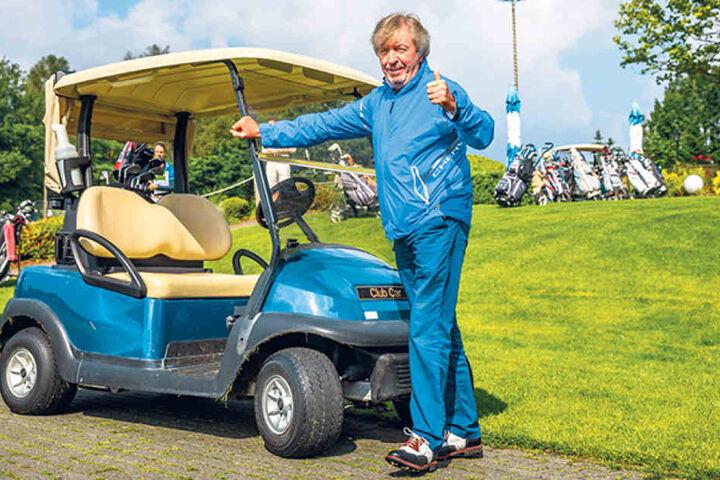 """Trotz Rückenschmerzen ließ sich TV-Moderator Werner Schulze-Erdel (65) die  Teilnahme an den 3. """"Dresden Open"""" nicht vermiesen."""
