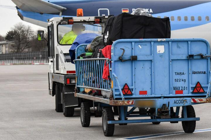 Der Gepäckfahrer vergaß den Blinker zu setzen – ein fataler Fehler (Symbolfoto).