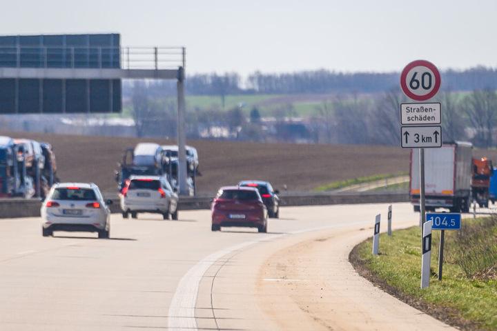 Die geflickte A4 ab Glauchau-West bröckelt wie einst die Straßen in der DDR.