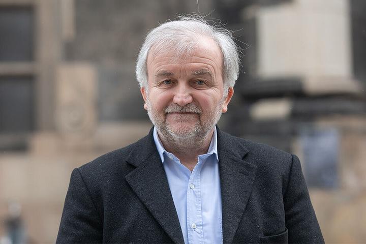 Dr. Walter Schmidt (61) ist im Landesamt für Umwelt, Landwirtschaft und Geologie der Experte für Pflanzenbau.