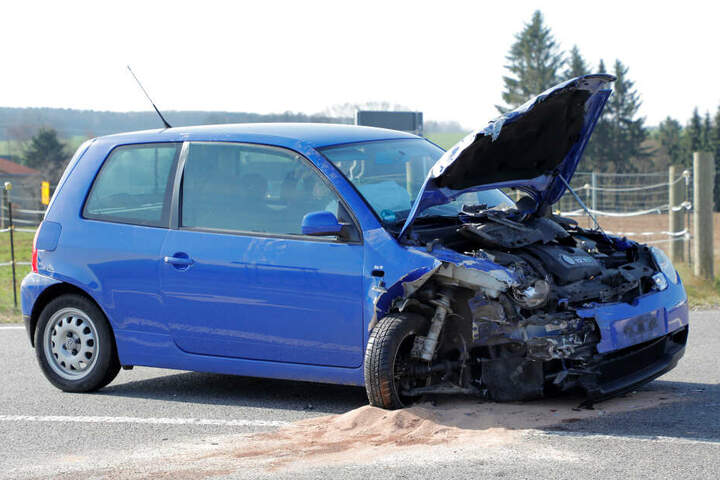Bei dem Unfall entstand ein Gesamtschaden von rund 25.000 Euro.