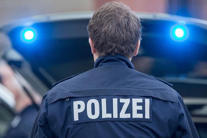 Ein Bundespolizist aus Görlitz hatte sich im Internet mit einer 13-Jährigen zum Sex verabredet.
