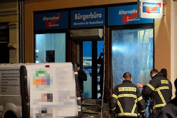 Durch die Detonation entstand ein erheblicher Schaden an dem Büro.