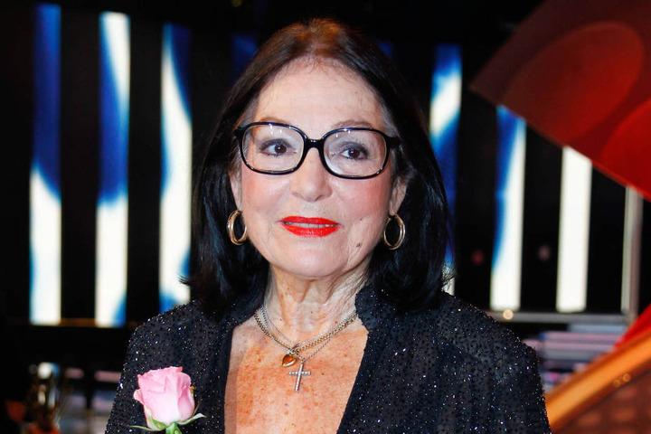 Nana Mouskouri (82) ist der Stargast der Gala, bei der auch Alexa Feser, Joja  Wendt, Angelika Milster und Julia Neigel mitwirken.