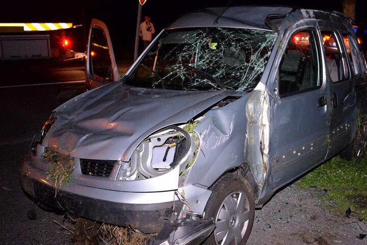 Der Renault wurde völlig zerstört.