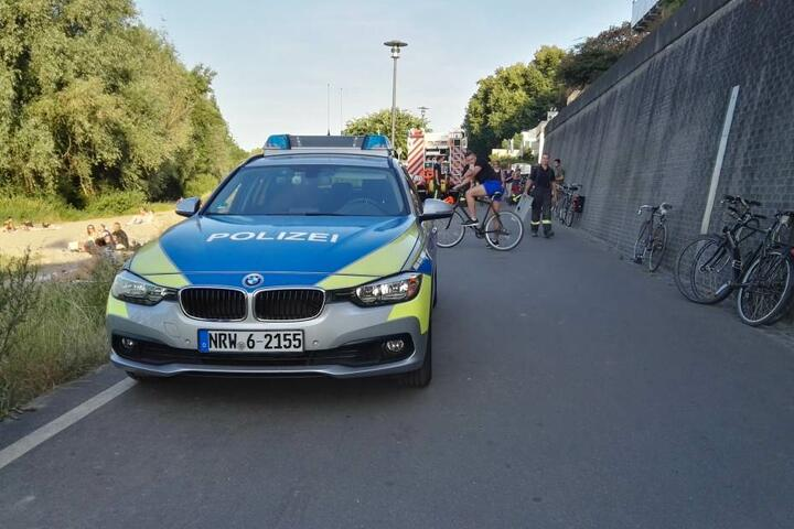 Auch die Polizei war zur Stelle.