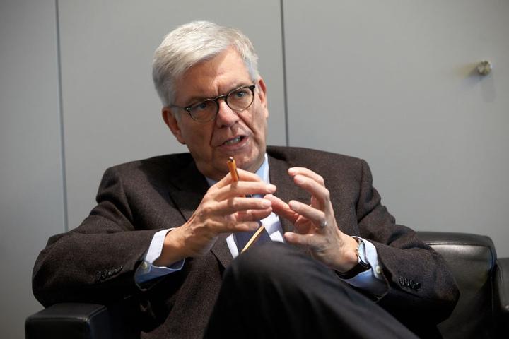 ZDF-Intendant Thomas Bellut in seinem Büro in Mainz (Rheinland-Pfalz).