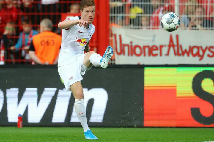 Marcel Halstenberg sieht Leipzigs Tabellenführer nur als Momentaufnahme, blickt nach dem DFB-Ausflug freudig auf den Kracher gegen den FC Bayern voraus.