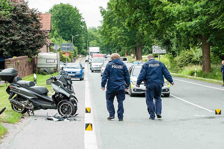 Die Engersche Straße musste einspurig gesperrt werden. Es kam zu Verkehrsbehinderungen.