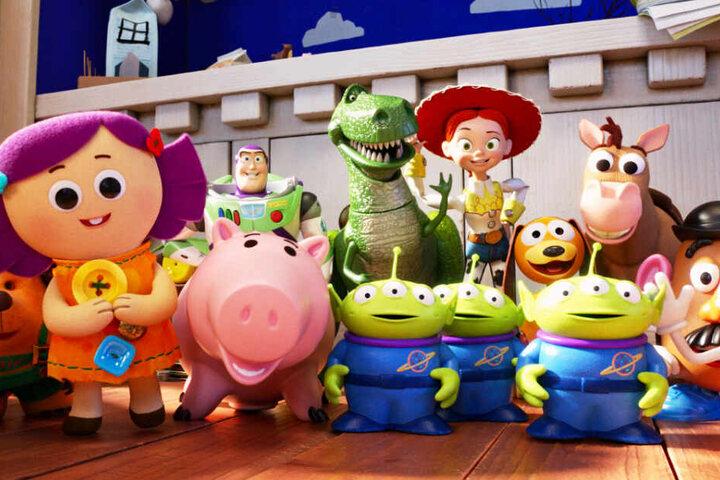 """Ein Wiedersehen mit vielen alten und einigen neuen Freunden: """"A Toy Story: Alles hört auf kein Kommando"""" ist einer der besten Animationsfilme aller Zeiten!"""