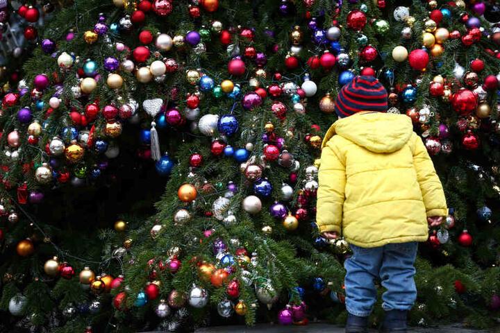 Bei der Weihnachtsaktion könnt Ihr Eure Kids von einer professionellen Fotografin in Szene setzen lassen. (Symbolbild)