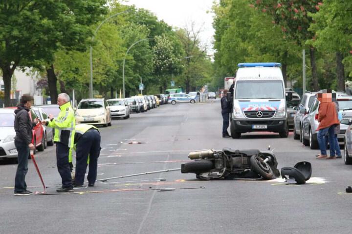 Nach dem Unfall musste die Straße für rund zwei Stunden gesperrt werden.