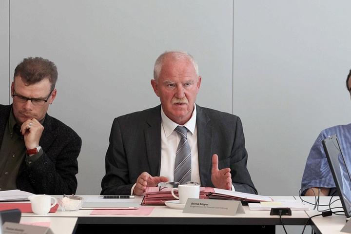 Finanzbürgermeister Bernd Meyer (64, Die Linke).