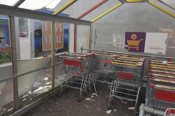 An dem Unterstand entstand ein Schaden von rund 5000 Euro.