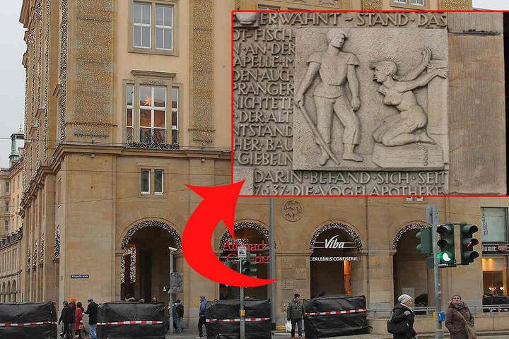 An der Westseite des Altmarkts erinnert ein steinernes Relief an den Pranger, den es hier einst gab. Im 16. Jahrhundert wurden Verbrecher öffentlich gedemütigt.