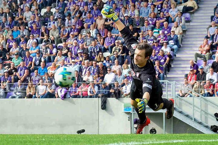 Seit der Saison 2015/16 ist Martin Männel Kapitän des FC Erzgebirge. In Düsseldorf bestreitet er sein 300. Punktspiel für Aue.