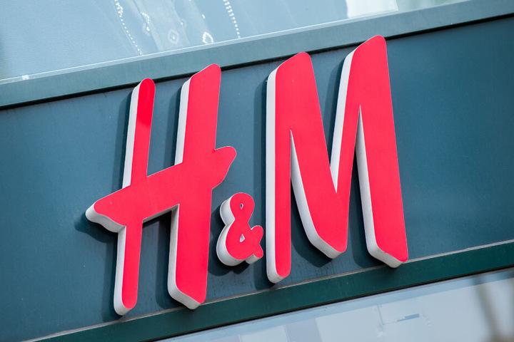 Die Beschäftigten von H&M sind zum Warnstreik aufgerufen worden.