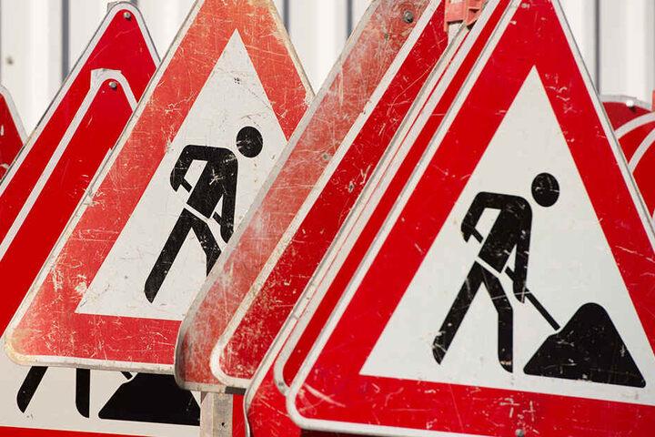 Für mehreren Wochen gelten wegen der Bauarbeiten am Floßplatz Einschränkungen für Autofahrer. (Symbolbild)